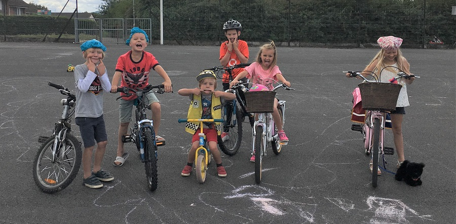 Children on bikes at Bright Sparks Playing Out Session
