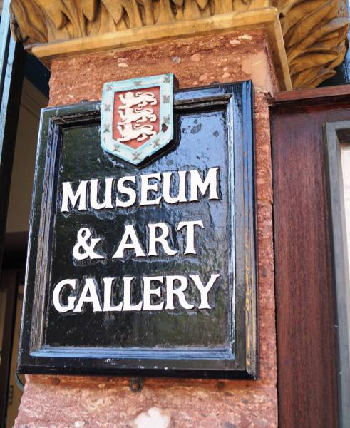Image of the sign at the Museum and Art Gallery