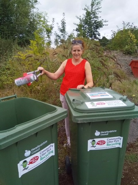 New recycling bins for community litter pickers